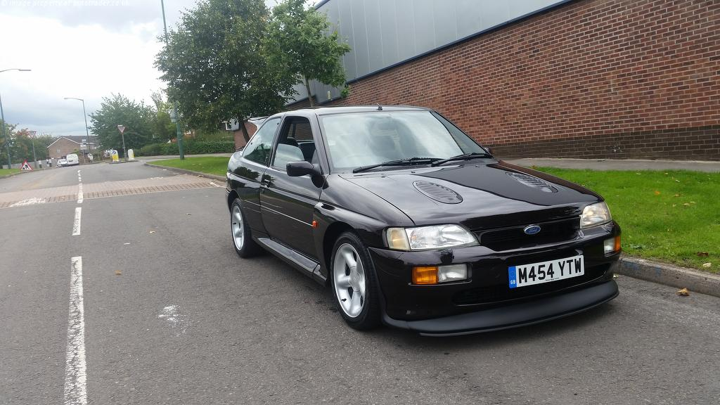 Ford Escort  Ford Escort 2.0 RS Cosworth Lux 3dr